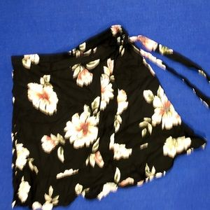 Band of Gypsy's Small Black Floral Skirt